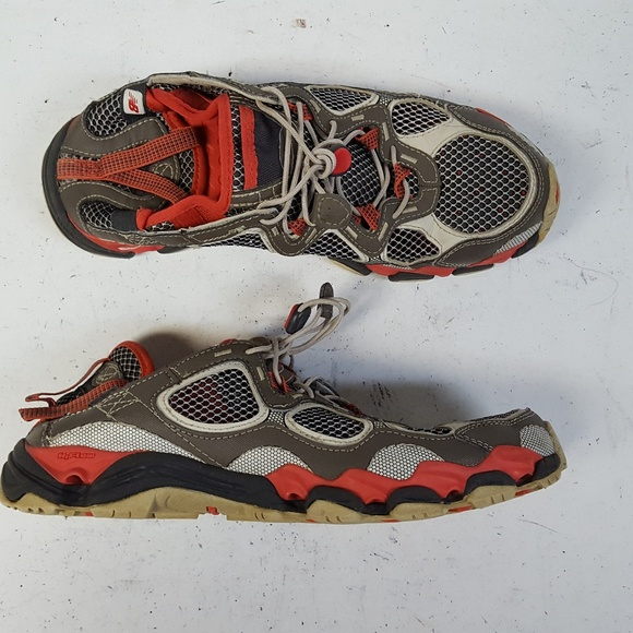 reputable site cfb19 3f44b New Balance 720 Hydrohesion Hiking Shoes